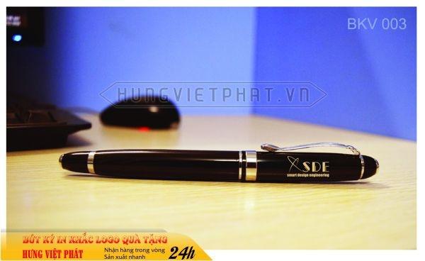 BKV-003-but-kim-loai-in-khac-logo-doanh-nghiep-lam-qua-tang2-1471248773.jpg