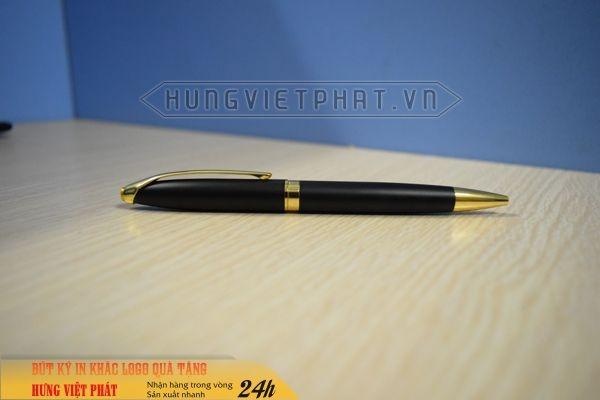 BKV-009A---But-kim-loai-nap-xoay-but-ky-nap-xoay-khac-logo-lam-qua-tang-2-1474530778.jpg