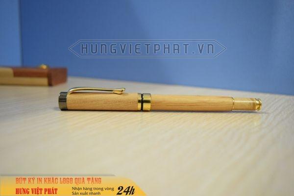 UGV-003-Hop-But-Go-khac-logo-khac-chu-theo-yeu-cau-lam-qua-tang-4-1474530870.jpg